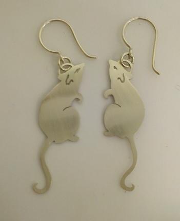Ginger Bottari, Rattus earrings I, saw pierced silver