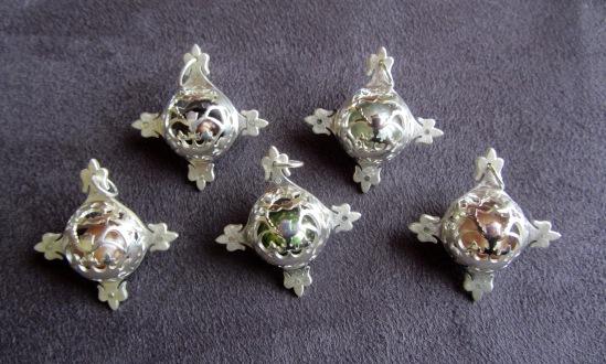 Ginger Bottari, Caged Pearls (pendants)